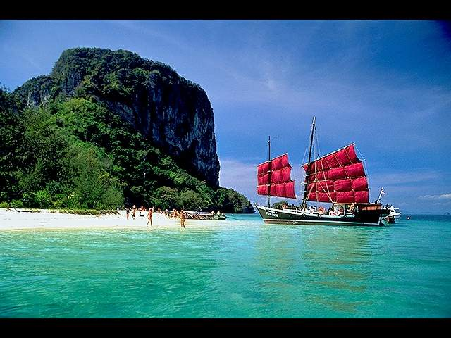 Bangkok Pattaya Phuket Tour and Travel Packages